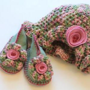 Adorable Baby Booties and Beanie Ha..